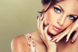 Obrazek dla kategorii Henna / Stylizacja rzęs / Makijaż